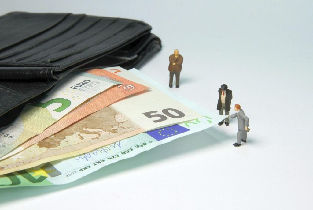 Why Is Doing Illegal Tax Evasion Unnecessary?