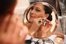 Ladies' Earrings Buyers Guide